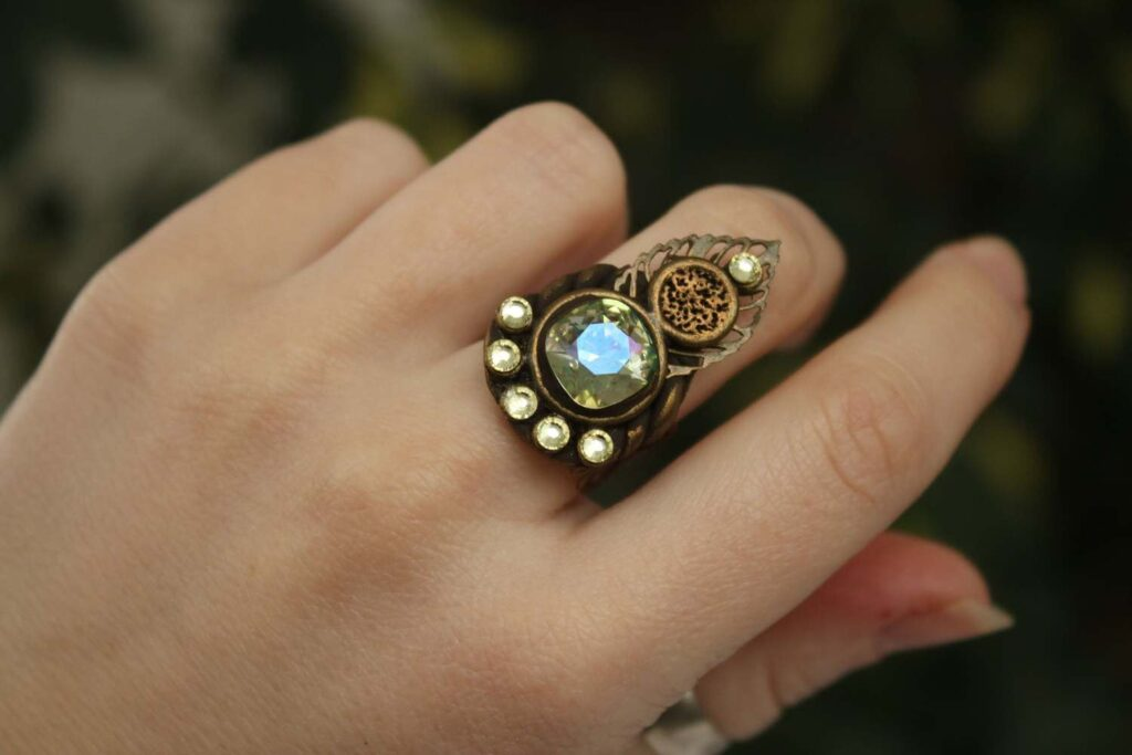 Noorani Magic ring in Los Angeles, USA